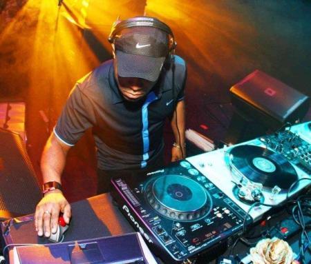 DJ-ez0
