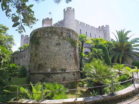 csm_forteresse_medievale_-_villeneuve-loubet_8fec7c3305